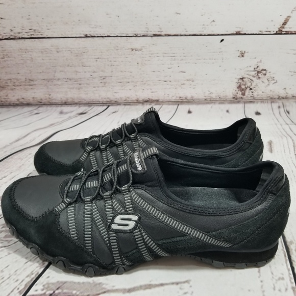 SKECHERS BLACK LEATHER SNEAKERS Bikers dream 9.5